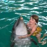Лечение при помощи дельфинотерапии
